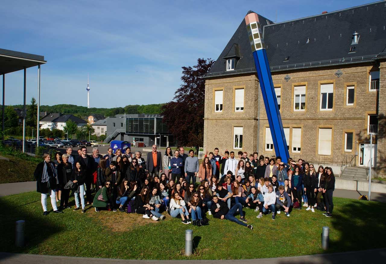 Erasmus-Dudelage-Groupe_devanr_crayou-1280-(DSC00748)